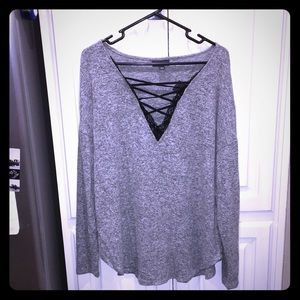 Lace & tie grey sweater - Bold Elements